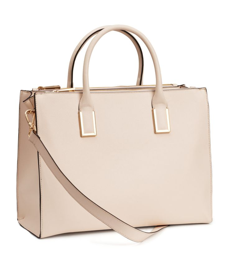Tell you a replica Gucci top handle handbags Effects on the woman's bag