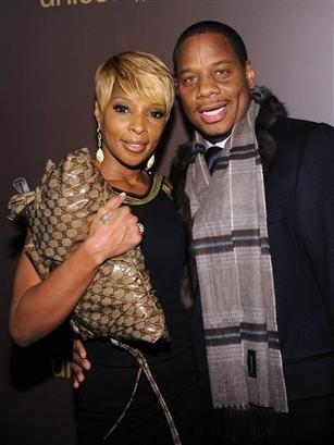 Best gucci clutch replica bag by Mary J Blige